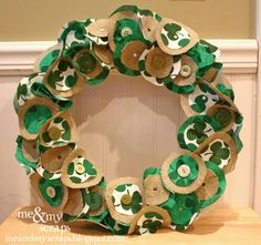 DIY St. Patrick's  : DIY  burlap wreaths