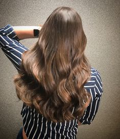 Greatlenghts hairextension volume hair #greatlengths #hairextensions #hairextensionspecialist #brunettebalayagehair @kapsalonhaarvisie @asumanjamal Balayage Brunette, Hair Color, Long Hair Styles, Beauty, Haircolor, Long Hairstyle, Long Haircuts, Hair Dye, Hair Coloring