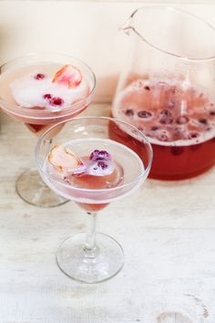 rhubarb prosecco spitzer. must try soon.