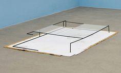 Thea Djordjadze, Untitled 2011 Stahl, Farbe, Gips, Stoff, Glas 16 x 140 x 197 cm