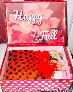 College Care Packages for Her. Are you in love with fall? Do you want to send her a Fall care package for her first semester! Fall Gifts, Christmas Gifts, Fall Care Package, Perfect Gift For Girlfriend, Flower Collage, Curated Gift Boxes, College Gifts, Mom Birthday Gift, Friend Birthday