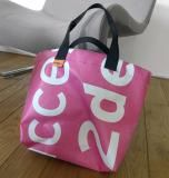 BannerBag shopper via 0031-design @ showUP