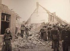 De ravage rond de Balsmenboom- en Kwekersstraat, na het luchtbombardement in de nacht van 15 op 16 oktober 1917.-Benny Proot