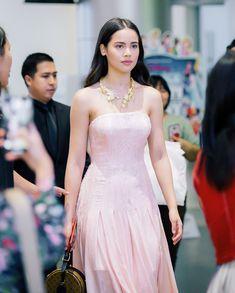 Strapless Dress Formal, Formal Dresses, Character Modeling, Bellisima, Dress Skirt, Evening Dresses, Beautiful Women, Asian, Actresses