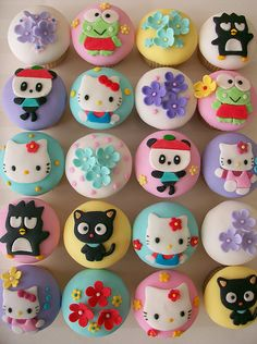 Hello Kitty and Friends Cupcakes