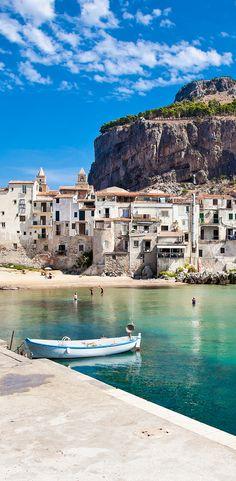 Wir haben für euch viele Tipps für den Urlaub auf Sizilien zusammengetragen. Außerdem findet ihr bei uns Angebote für Rundreisen zu günstigen Preisen. #Sizilien #Urlaub #Rundreise
