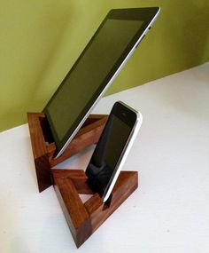 The iPad and iPhone Twin Peaks Nested Stand provides a docking station for both your Tablet and Cell Phone. A wonderful home base for your devices!