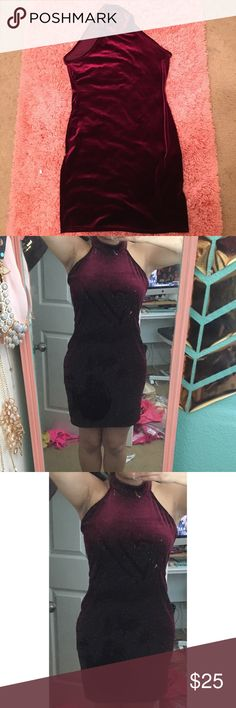 Missguided red velvet high neck body con dress Missguided worn once red believer high neck, bought a size wayyyy too big for me but still wore it for a family dinner, super comfy and cute Missguided Dresses