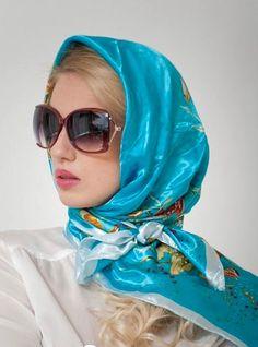 Blue Headscarf Ways To Wear A Scarf, How To Wear Scarves, Hijab Fashion, Fashion Outfits, Womens Fashion, African Head Scarf, African Hair, Hair Scarf Styles, Scarf Design