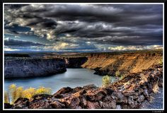 Lake Billy Chinook- Central Oregon