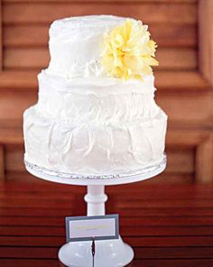 Wedding Cakes: Summer wedding cake with yellow flower