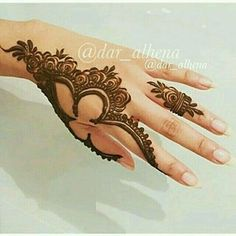 The Tattoo Designs Guide – Custom Tattoo Designs – How To Choose The Best Tattoo Design For You Khafif Mehndi Design, Stylish Mehndi Designs, Mehndi Design Pictures, Beautiful Henna Designs, Best Mehndi Designs, Mehndi Designs For Hands, Mehndi Images, Mehandi Designs, Henna Mehndi