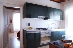 OPERASTUDIO - Project - Interior renovation - #Tuscany #villa #kitchen #colorful