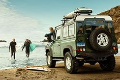 Land Rover - roof bars by Thule