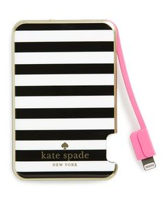 Kate spade bag Used once just have to many bags perfect condition kate spade Bags Shoulder Bags