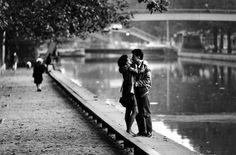 Peter Turnley - Canal Saint-Martin, 1984.