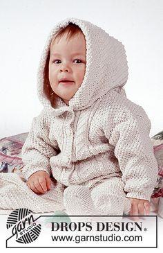 "Cuddle Bug / DROPS Baby - Drops Aran pattern Set (jacket with optional hood and pants) in ""Safran"". Baby Knitting Patterns, Baby Cardigan Knitting Pattern Free, Baby Boy Knitting, Knitting For Kids, Baby Patterns, Knit Baby Sweaters, Knitted Baby Clothes, Drops Design, Onesie Pattern"