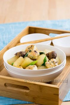 釀豆腐泡炆冬瓜  Braised Winter Melon with Stuffed Tofu Puffs01