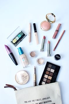 Lets talk about makeup!! Its no secret that I really, really love makeup and beauty products....