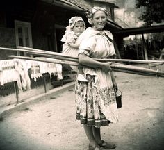 Babywearing in Slovakia Folk Costume, Costumes, Folk Clothing, The Older I Get, Heart Of Europe, Babywearing, Eastern Europe, Folklore, Ancestry