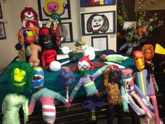 An art therapy puppet making project at shelter for women living with mental illness.