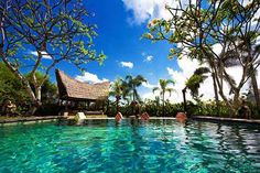 Bali Tour Packages - Customized Bali Tour Packages & holidays with Akbar Travel at best prices. Make it a memorable experience. Book your Bali Packages now! Pool Piscina, Piscina Hotel, Bali Travel Guide, Best Travel Guides, Travel Ideas, Best Resorts Bali, Bali Tour Packages, Places To Travel, Places To Go