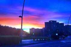 Amanece en  #Zaragoza  Actur Gomez de Avellaneda con Valle de broto desde el coche #igerszgz  #igersaragon #igerespaña  #igersspain #igersgallery #unpaseounafoto #instazaragoza #zaragozapaseando #zgzciudadana #zaragozalive #hdr #hdr_pics  #hdr_captures  #hdrphotography  #love_hdr_colour #ig_hdr_dreams #hdr_lovers #streetphotography #street #cs_hdr #wow_hdr #HDR_photogram #world_besthdr #España #Aragón