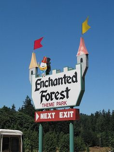 Enchanted Forest, Oregon. Theme Park. Hokey, fun, and completely uncorporate. This is how Oregon does theme parks - slightly frightening and homemade.