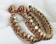 Polki and rubies Gold Bangles Design, Jewelry Design, Designer Bangles, Stylish Jewelry, Fashion Jewelry, Gold Fashion, Rajputi Jewellery, Indian Wedding Jewelry, India Jewelry