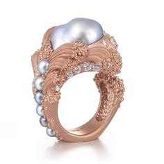 """bijouxreview✨✨ Inhabiting elaborately sculpted 18K rose gold, Ornella Iannuzzi's Arabian pearl and diamond ring is entitled """"The Uprising."""" Iannuzzi's twin loves of high luxury bijoux and the poetry of earth science inspire the design of this jewel. """"The Uprising"""" commands attention like an undersea volcano that suddenly erupts up and out of the ocean's surface, like lava breaking the waves. To wear this ring is to adorn your body with a piece of eternity. Ornella is part of the British…"""