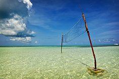Near Rum Point, Grand Cayman / Aaron Rebarchek