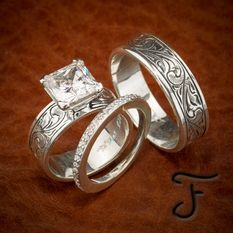 Uloveido Titanium His and Hers Engagement Wedding Bands Ring Set for Him and Her A Pair of Charm Love Forever Anniversary Rings Set for Men Women with Black Gift Bag – Fine Jewelry & Collectibles Western Wedding Rings, Western Rings, Custom Wedding Rings, Wedding Ring Designs, Western Jewelry, Wedding Jewelry, Wedding Bands, Wedding Ideas, Hunting Wedding