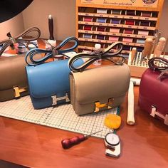 H006  #Milano #shoe #höt #dog #bracelet #nails #crocodilebirkin #Love #balenciaga #puma #shoes#footwear #hermes #hermestogo #hermescrocodile #cartier #nike#amazon #addidas #model #shoes #Celine#hermesshoes #Chanel #slipper #Givenchy #sandal #crocodilebirkin