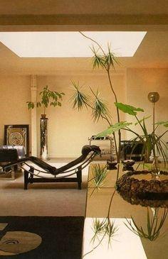 This is Andre Putman interior - Minimal Interior Design Interior 1980, 80s Interior Design, Interior And Exterior, Interior Decorating, 80s Design, Interior Paint, Design Ideas, Terence Conran, Scandinavian Style
