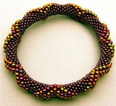 Bead Crochet Pattern:  Large Dimensional Diamonds All On The Outside. #beadwork via Etsy.