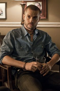 Fifty Shades of Grey - Taylor - Logan Marshall-Green Pretty People, Beautiful People, Logan Marshall Green, My Future Boyfriend, Blue Pictures, Amazing Spiderman, Christian Grey, Fine Men, Fifty Shades Of Grey