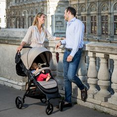 Hurray spring is here! ☀️🌷😎 With the first warm sunbeams we look forward to the outdoor adventures with the autofold from nikimotion. The modern buggy is available in twelve different colors. Spring Is Here, Outdoor Adventures, Baby Strollers, Tours, Warm, City, Children, Modern, Color