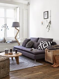 Small living by Kim Timmerman// I mostly like the colors - the brown plus grey mix.