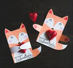 Woodland Fox birthday party candy holders printable DIY party favors cute fox hug for individual candy or suckers kids part classroom party Valentines Day Chocolates, Valentines For Kids, Valentine Day Crafts, Happy Valentines Day, Cheap Valentines Day Gifts, Diy Valentines Cards, Valentine's Day, Kids Crafts, Pixie