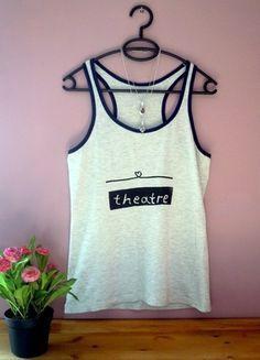 Kup mój przedmiot na #vintedpl http://www.vinted.pl/damska-odziez/koszulki-na-ramiaczkach-koszulki-bez-rekawow/10047514-koszulka-na-ramiaczkach-z-nadrukiem-bokserka-teatr-theatre-handmade-sitodruk-pasja