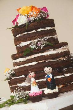 Naked cake chocolate! Wedding superman rustic wedding customized peg dolls