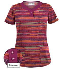 UA Knit Worthy Wine Print Scrub Top Our stylish y-neckline print scrub top is worthy of a second look. Red Scrubs, Uniform Advantage, Medical Scrubs, Scrub Tops, Shades Of Red, Black Print, Short Sleeve Dresses, Ua, Knitting