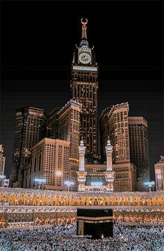 Islamic Wallpaper Iphone, Quran Wallpaper, Mecca Wallpaper, Islamic Quotes Wallpaper, Muslim Pictures, Islamic Pictures, Walpapper Vintage, Mekka Islam, Best Islamic Images