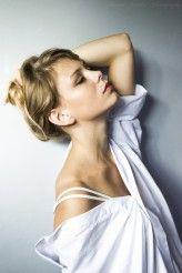 Dawid Ziemba Photography www.facebook.pl/DawidZiembaPhotography  Modelka: Kinga Jaworek Make-up/styl : Izabela Szypuła  #girl #mist #white #blond #kappahl #fashion #fineart #