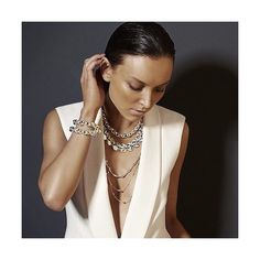 HAIR & MAKEUP BY KIMBERLEY FORBES @oneninetynine  New jewellery campaign for @najojewellery with @ollie_henderson art direction @lyndalfrollano photographed by@harolddavidphotography  styled @vvh_stylist makeup and hair @kimba4473 @networkagency retouched @grace_testa @tamaiya24  #HAIRbyKimberleyForbes  #MAKEUPbyKimberleyForbes #oneninetynine_KimberleyForbes