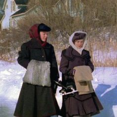 Felicity and Sara Image Gallery | Road to Avonlea