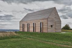 Casa de veraneio revestida de madeira – Judith Benzer