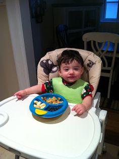 100 Finger Food for Infants List - infant baby babies feeding first finger foods eating nutrition children easy simple