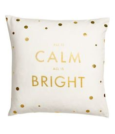 White/gold-colored. Cushion cover in cotton twill with a printed motif at front and solid color at back. Concealed zip.