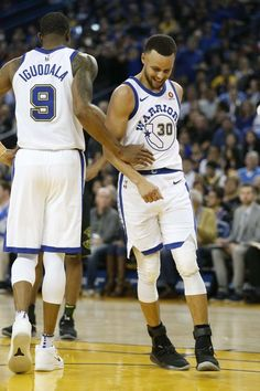 StephenCurry returned to the Golden State line up but suffered an MCL  injury mid way 8609183a1